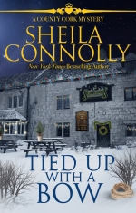 """""""Tied Up with a Bow"""" Sheila Connolly"""